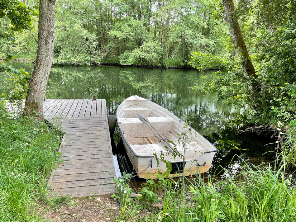 Båden i Gudenåen (Hejnæsvej) mellem Mossø og Gudensø
